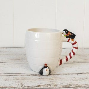 🌷 3/$25 Pier 1 Christmas Penguins Mug